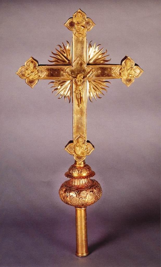 Croce astile, dono dell'Abate di Morimondo, bottega veneta o lombarda, 1594 circa.